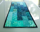 quilted table runner - deep water - btaylorquilts