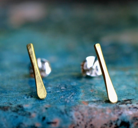 gold line studs minimalist modern linear brushed brass little tiny line studs skinny drop small post earrings GOLD STRIA