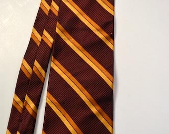 Vintage Men's Silk Necktie Garnet Gold Jos A Bank