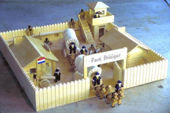 Frontier calvary fort woodworking designs build your own for Frontier plans
