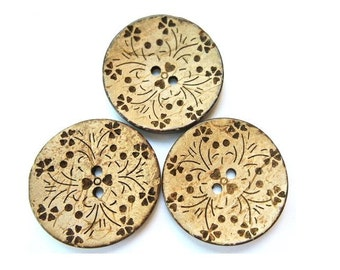 2 Buttons, coconut shell buttons with floral design 35mm