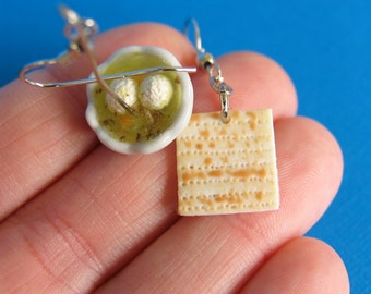 Matzah and Matzo ball Soup earrings - Jewish Food -Food earrings - food jewelry - matzah - matzo - Seder - Passover - food - jewish