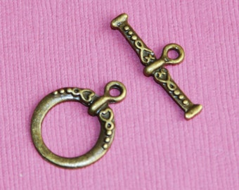 Antiqued brass fancy toggle clasps 18x15mm - 25 sets