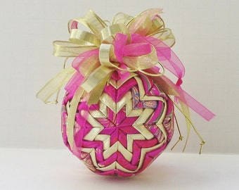 Quilted Ornament Pink and Gold