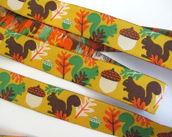 2 yards WOODLAND SQUIRRELS Jacquard trim. Green, brown, orange, ivory on golden yellow. Super design. 7/8 inch wide. 966-B