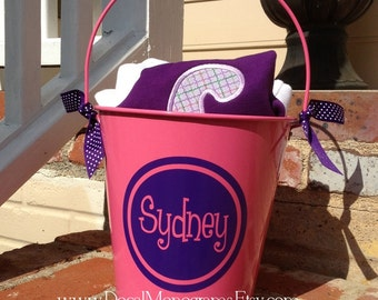"""6 """" Personalized Vinyl Circle with Name Decal"""
