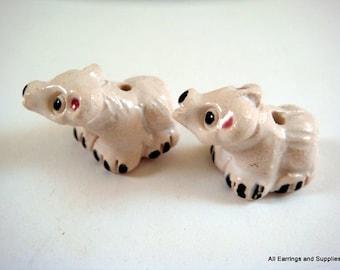 SALE - 2 Polar Bear Beads Animal Bead White Ceramic Hand Painted Glazed 17x15mm - 2 pc - 6134