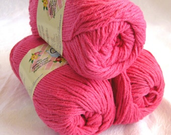 BRIGHT PINK  cotton yarn, Creme de la Creme Cotton Yarn, worsted weight, Coats and Clark