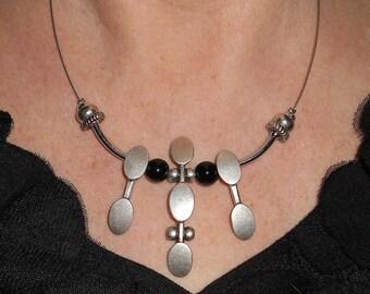 Statement necklace, everyday indie jewelry, black necklace, onyx necklace, modern jewelry, boho chic jewelry, metal jewelry, black jewelry