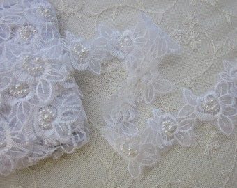 WHITE Pearl Beaded Flower Applique Lace Trim Bridal Veil Christening Baby Bow