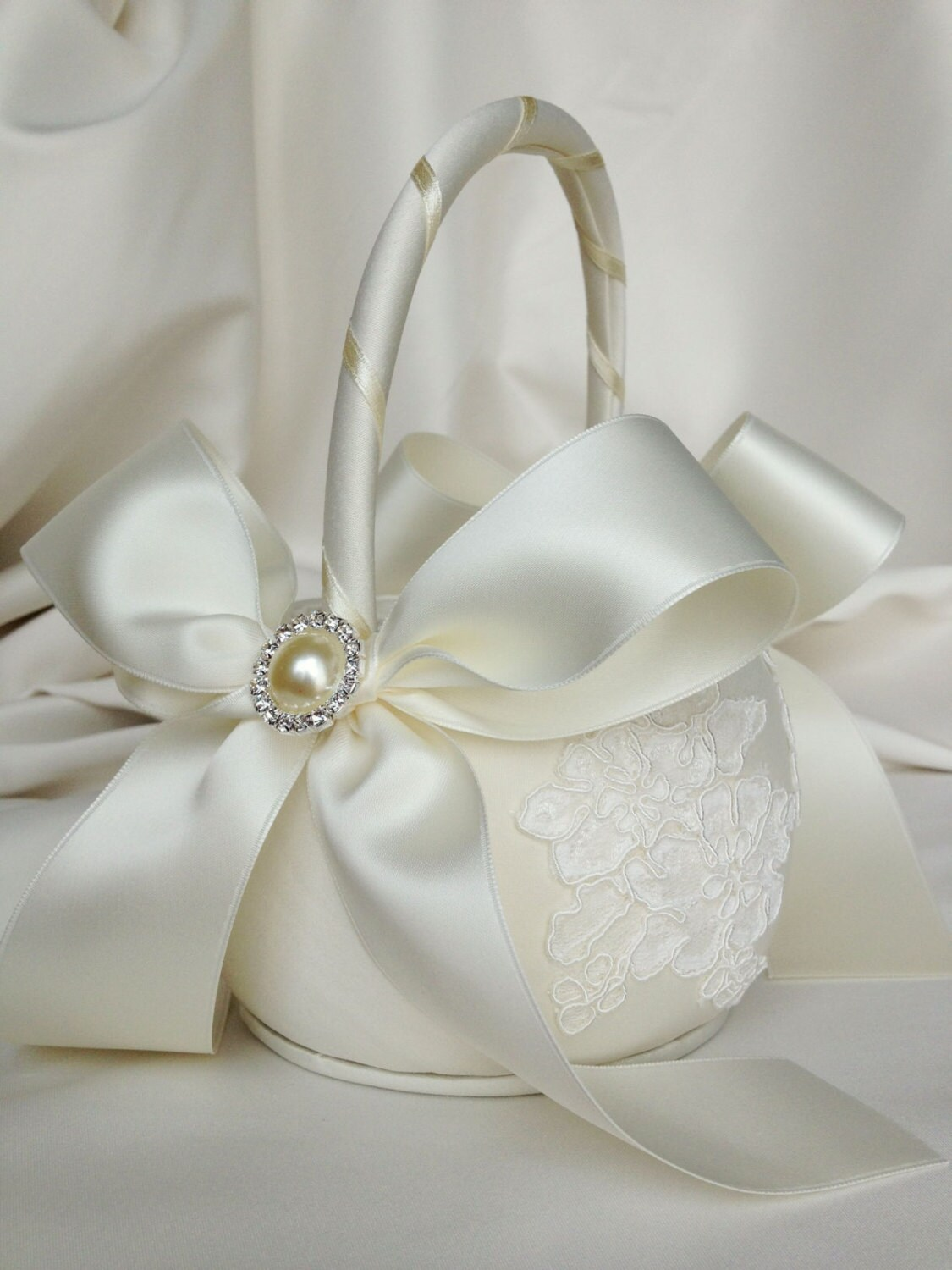 Flower Girl Baskets Ivory Uk : Ivory flower girl basket alencon lace by weddingsandsuch
