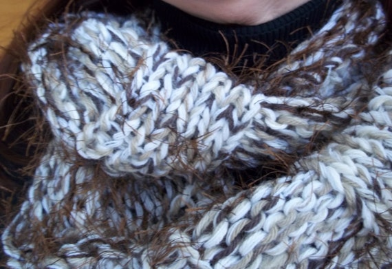 Wool Blend Hand Knit Infinity Scarf for Everyday Wear, Womens Soft Fashion Scarf Accessory in Neutral Colors, Stylish Fall & Winter Scarf