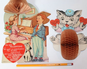 Vintage Large Honeycomb Tissue Crepe Paper Valentines Day Cards Pop Up Original Piano Dog Cat Pianist