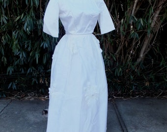 Beautiful 1960s White Chiffon Wedding Gown /  Small