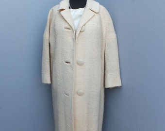 Vintage 1950s/60s Creamy White Knit Dress Coat