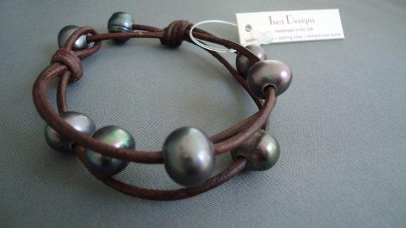 Leather Black  Pearls  Bracelet, leather Bracelet, Women's Bracelet, Pearls Bracelet