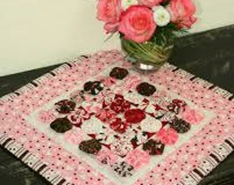 Clearance PATTERN VALENTINE YO Yo Quilted Mini quilt or pillow cover