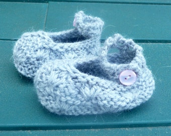 Knitting PATTERN BABY Booties - Precious Baby Shoes - INSTANT Download Pattern