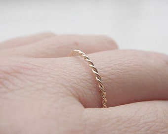 Twist Ring 14k Gold Filled