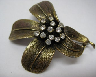 Flower Gold Rhinestone Brooch Clear Vintage Pin