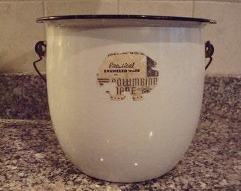 Nice vintage white enamelware pot with swing metal and wood handle
