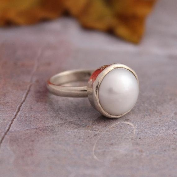 Pearl Ring - Bridal ring - Anniversary ring - Bezel ring - Round ring - June birthstone ring - Gift for her