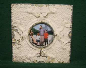 """AUTHENTIC Tin Ceiling 4""""x 6"""" Picture Frame RECLAIMED Photo S1838-14"""