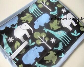 Chalkimamy Micheal Miller Zoology blue TRAVEL chalkboard mat, placemat (a)