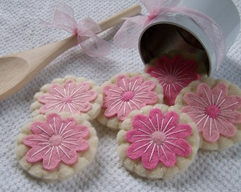 Iced Sugar Cookies ~ Felt Play Food ~ Perfect Pink Flowers ~ Tea Party ~ Gift