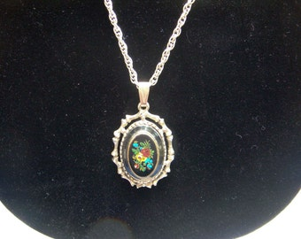 Vintage Rose Cameo Necklace on 42 inch chain