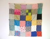 1950s Vintage floral Shabby Chic fabric Quilt blocks // small blanket // wall hanging