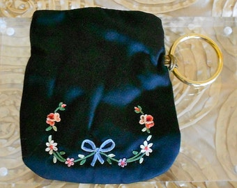 1940's Black Silk Floral Embroidered Pouch
