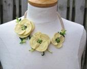 Crochet necklace choker poppy flower cream floral 3d cotton