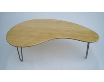 Mid Century Modern Coffee Table - Kidney Bean Shaped Amorphic Curves - Atomic Era Design In Natural Bamboo - Solid Wood Coffee Table