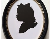 5 x 7 inch Black Oval Wood  Frame with gold accents