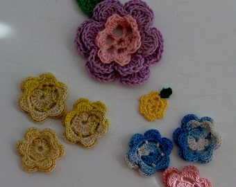 8 Tiny Crocheted Roses for Embellishment