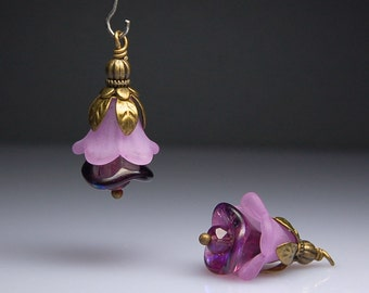 Vintage Style Bead Dangles Purple Lucite Flowers Pair PR404