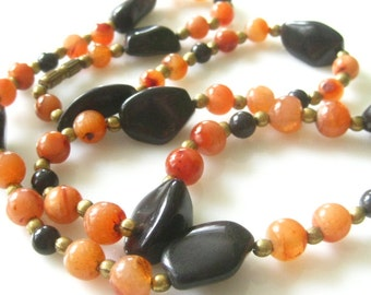 Vintage Polished Semi-Precious Agate Stones Bohemian Necklace