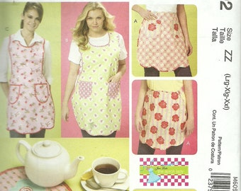 MCCALLS PATTERN M6092 ladies full apron, hot mitt, half apron, hot pads, sizes large, Xlarge, and XXlarge, new and uncut