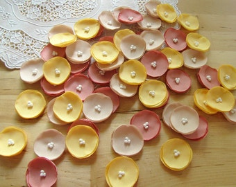 Sew on flowers, tiny fabric appliques, small fabric flowers, flowers for crafts (30 pcs)- MINI POPPIES (Yellow, Blush Pink and Champagne)