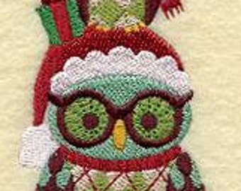 Embroidered Christmas Retro Holiday Gifts Stacking Owl  Flour Sack Towel / Hand Towel / Bath Towel  / Apron