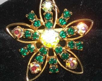 Vintage Gold Tone Rhinestone Flower Brooch