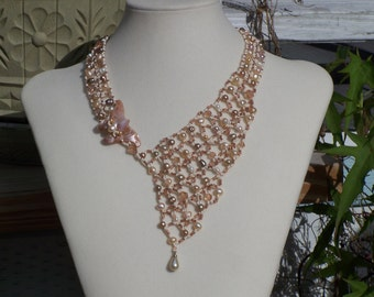 Butterfly and Pearl Netted Necklace