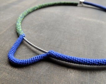 Sale 50 %: Kobalt blue and green minimalistic necklace