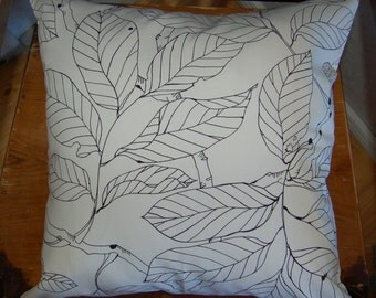 "Modern Leaf pillow case 18"" ,45 cm, durable Swedish cotton canvas, black and white, Sweden"