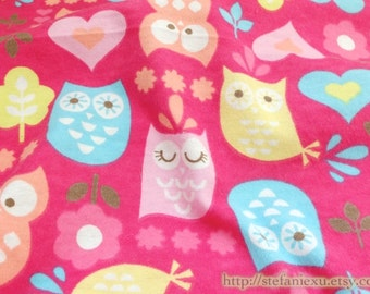 SALE CLEARANCE - 1 Yard Zoology Lovely Big Eye Colorful Hoot Owl Shabby Chic Floral Hearts Woods Forst Soft Pink - Cotton Flannel Fabric
