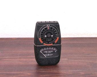 Vintage 1940s General Electric Photo Exposure Meter / Model DW 58
