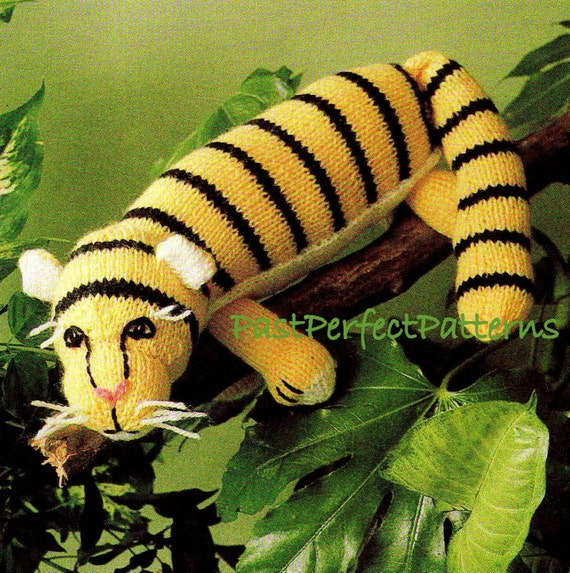 Knitting Patterns Jungle Animals : DIGITAL DOWNLOAD PDF Vintage Knitting Pattern Tiger Toy Zoo