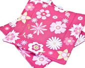 Quilted Trivet -- Insulated Pot Holder -- Square Hot Pad -- Hanging Hotpad -- Thermal Hot Pad -- Hot Pink Floral -- Ready To Ship
