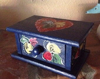 Norwegian Rosemaled jewelry box